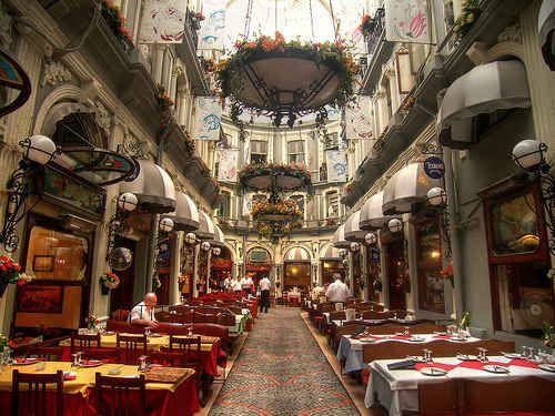 Inseparables – Tavern and Rakı (Istanbul, Turkey).